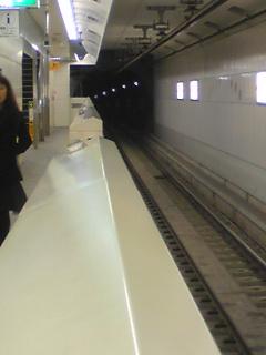 病院地下鉄2.jpg