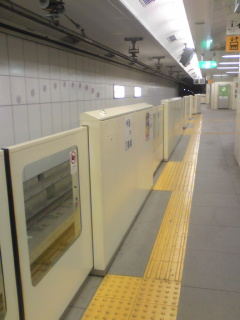 病院地下鉄3.jpg