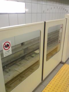病院地下鉄4.jpg