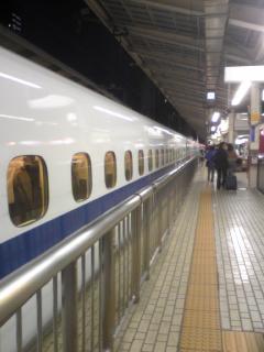 東京駅ホーム2.jpg