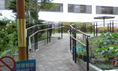 病院中庭3.jpg